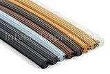 antislipstrips in verschillende kleuren op een rij